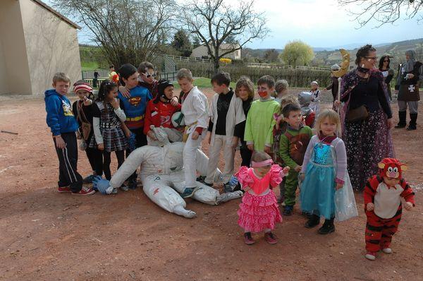 carnaval-cruzille-11-avril-2015-13